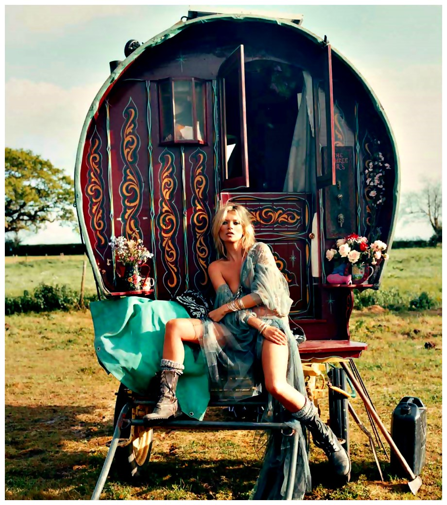 GYPSY ROULOTTES On Pinterest Gypsy Wagon Caravan